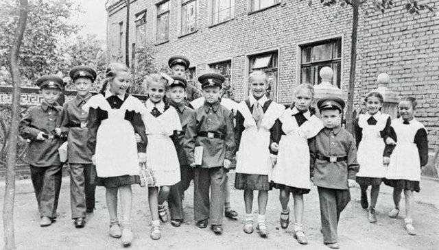 Деградация русской школы и дебилизация подрастающего поколения идет полным ходом