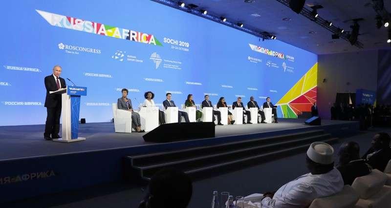 Зачем Россия на самом деле списывает долги другим странам, в том числе и Африке