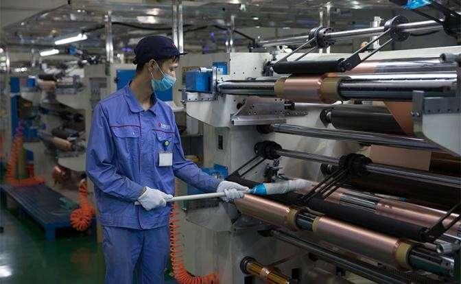 Китай и США воюют за рынок электромобилей и лития