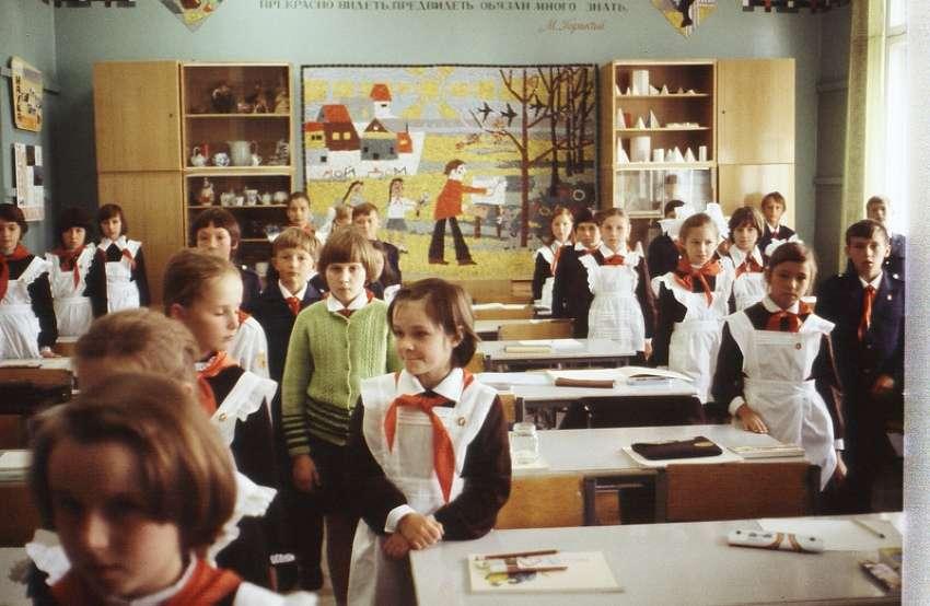 Советские школы – что там было на самом деле, о чём помалкивают адепты СССР