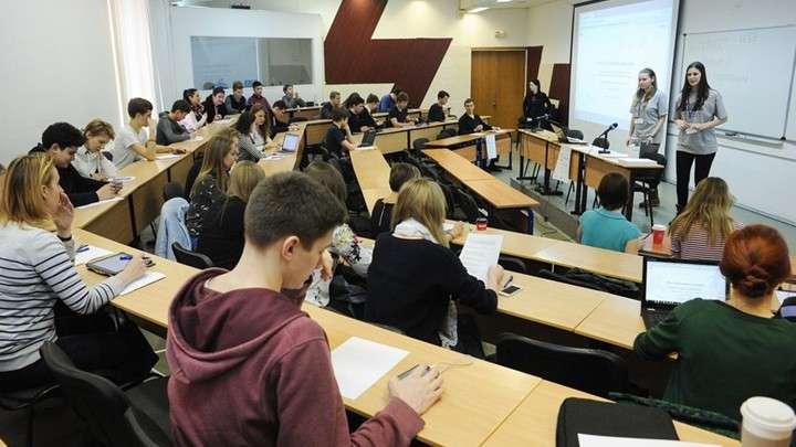 Олигархи и чиновники против хорошего образования в России