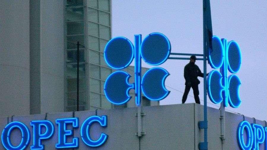 Москва обрушила мировую систему нефтедоллара