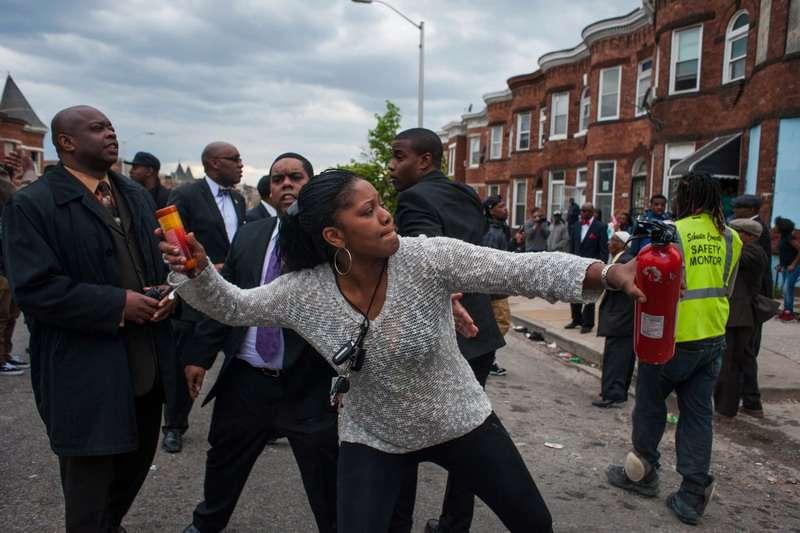 Протесты в США показали: «цивилизованный» Запад входит в эпоху кровавого сюрреализма