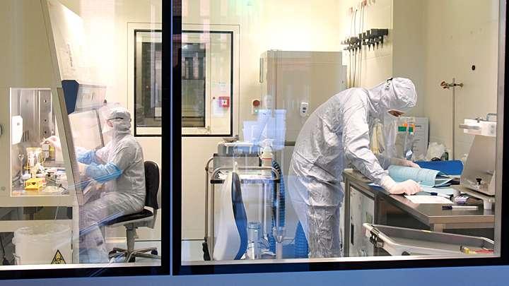 В тайных лабораториях США изучают генетический материал русских