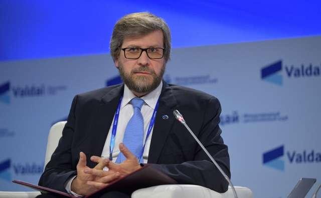 Институт публичных экспертов раскололся из-за расколотых элит России