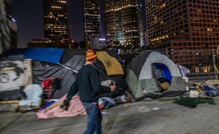 Голливуд и весь Лос-Анджелес превратили в клоаку, наводнённую наркоманами и преступниками