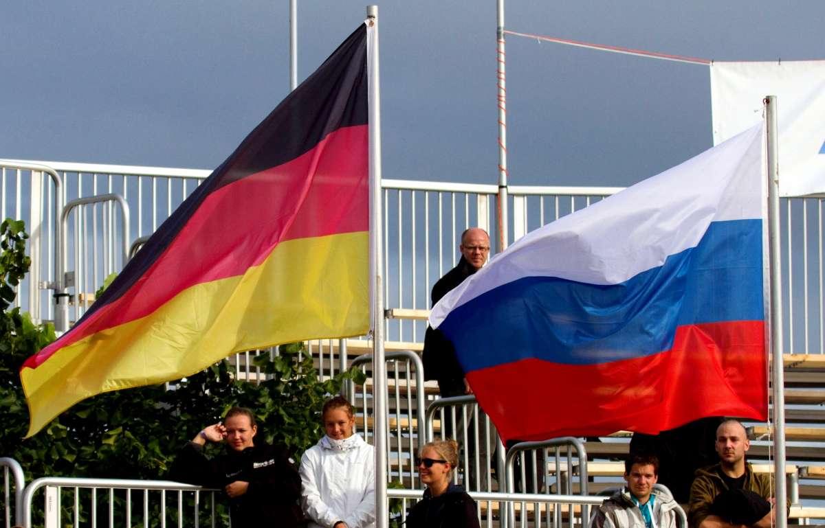 Германии предложили сделать выбор между Россией или Навальным