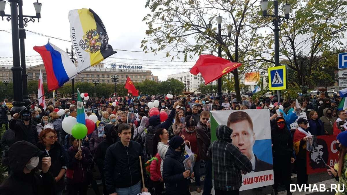 «Партия короны» во главе с Собяниным готовится закрыть страну