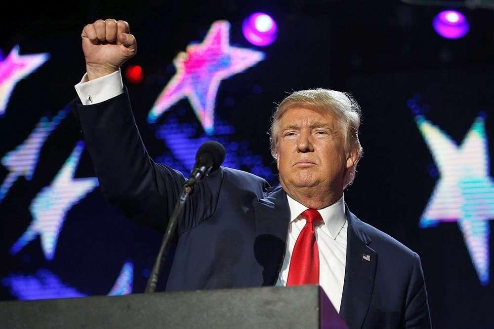 Победа Трампа поставит под вопросом будущее Гейтса и Сороса
