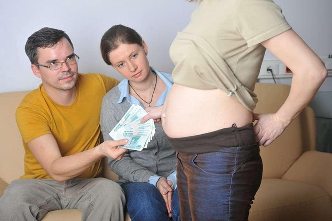 Шафран раскрыла схемы работорговли младенцами в России