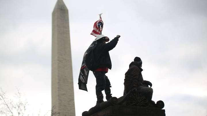 Демократы в США торжествуют: конец демократии, государственный переворот удался