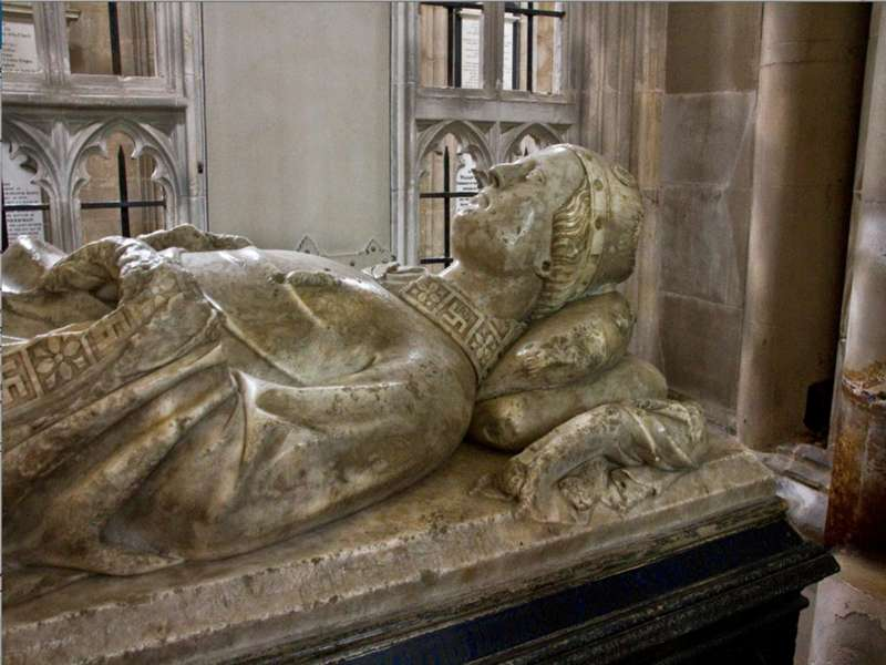 Легенда о Короле Артуре была создана паразитами