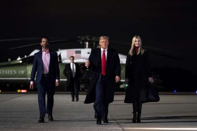 Постстрессовый синдром американской элиты после захвата Капитолия