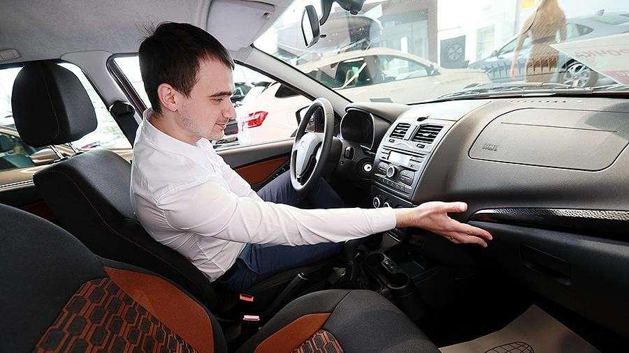 АвтоВАЗ рассказал о планах на 2021 год: российский автогигант готовит новинки и продолжает захватывать рынок
