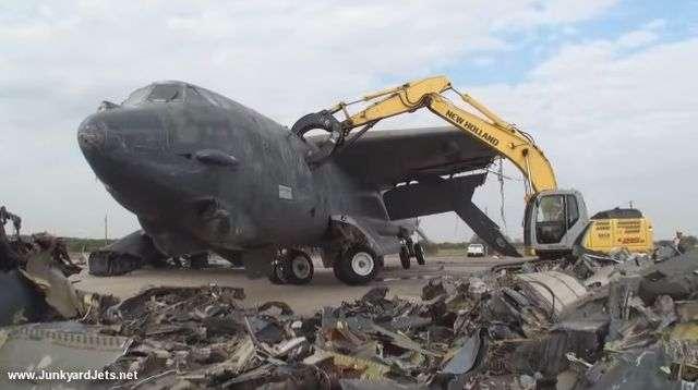 Боевая авиация США в глубоком кризисе, но это ещё не дно