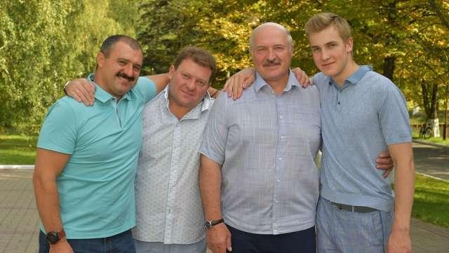 Семейный принцип формирования власти в России и в мире