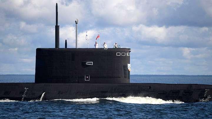 Как русские поздравили НАТО с Днём подводника