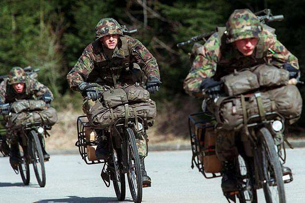 Армия НАТО не для защиты, а для наживы и грабежа намного слабых противников