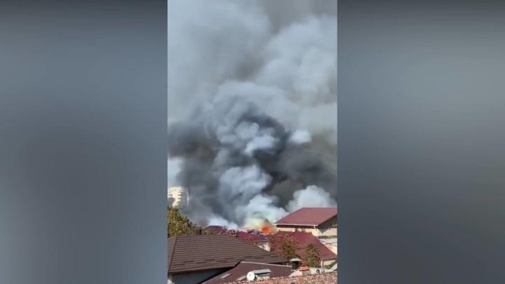 В Кишиневе пожар в Национальной филармонии, рухнули крыша и потолок