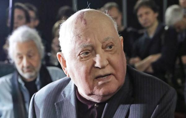 Иуда Горбачёв поддержал белорусских майданщиков. Ранее то же самое сделала дочь Баруха Ельцина