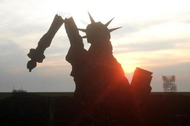 С Америкой покончено: неудержимое падение некогда великой державы в социальную катастрофу