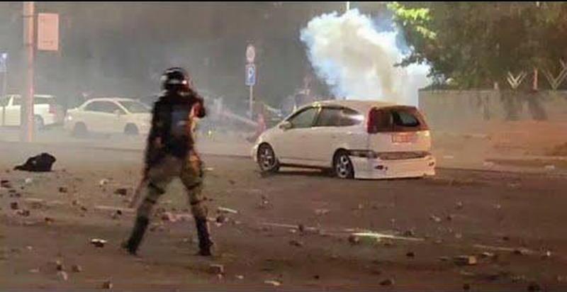 Стрельба и штурм Белого дома – майдан в Киргизии начался