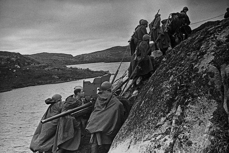 Где фашисты так и не смогли пересечь границу СССР, как они ни старались