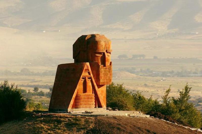 Война за Армению до последнего русского солдата? Должны ли русские умирать за Карабах?