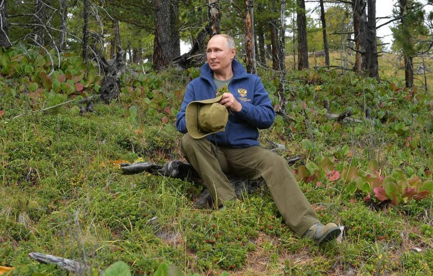 Президенту России Владимиру Владимировичу Путину исполняется 68 лет