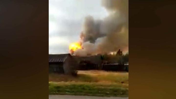 Взрывы боеприпасов в Рязанской области: осколки снарядов разлетаются на десятки километров
