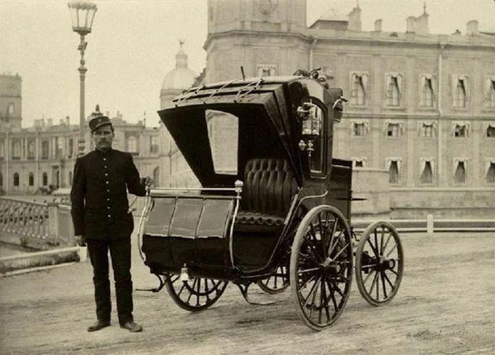 В России первый электромобиль появился ещё в конце 19 века