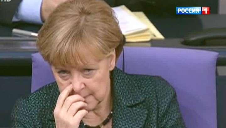 Депутат Европарламента предложил Меркель «заткнуться»