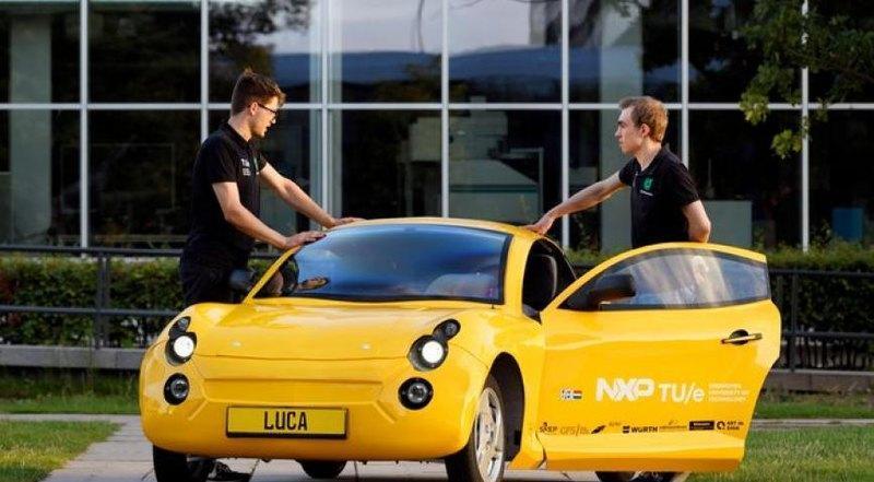 Студенты создали спортивный автомобиль из переработанных отходов