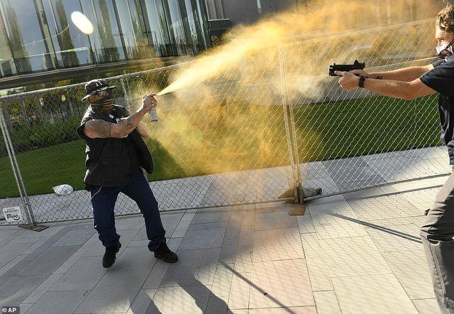 Стрельба в Денвере – Америка идёт вразнос