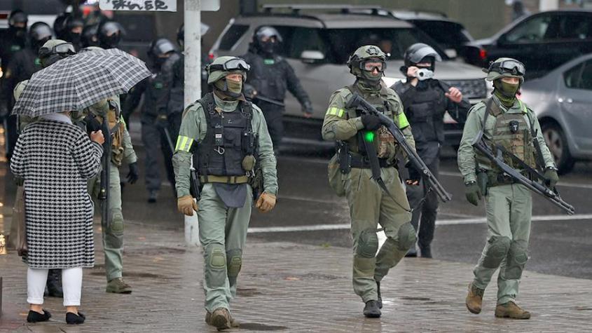 В МВД Белоруссии заявили о готовности применить боевое оружие для поддержания порядка в Минске