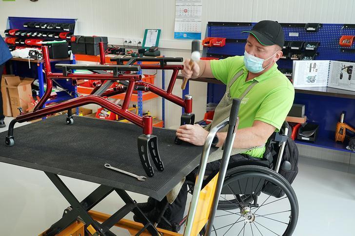 В Калининградской области открылась фабрика по производству самоходных инвалидных колясок