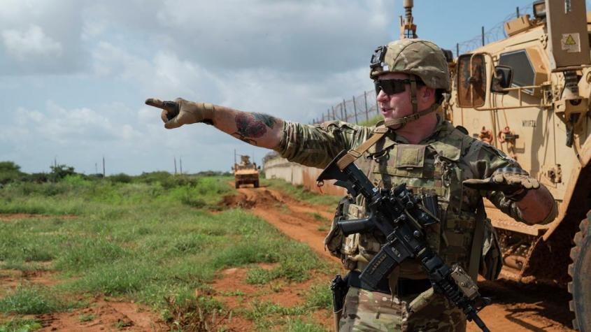 Америка решила поменяться местами с Сомали