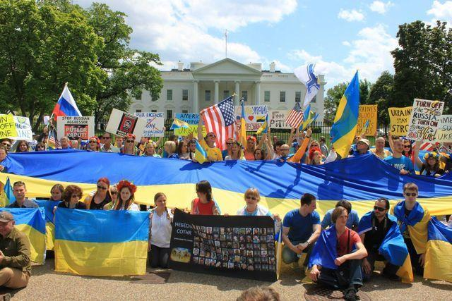 Украинский след американской смуты. Змея пожирает свой хвост