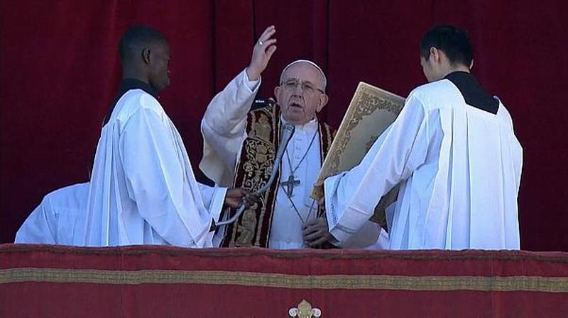 Содом и Гоморра в Ватикане: Папа римский Франциск впервые поддержал «семьи» извращенцев