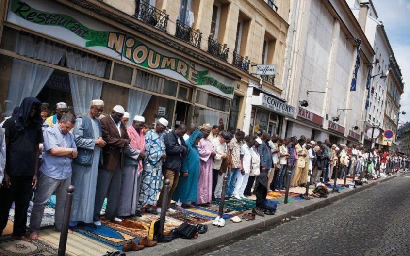 Франция станет мусульманской или распадётся. О перспективах мечети парижской богоматери