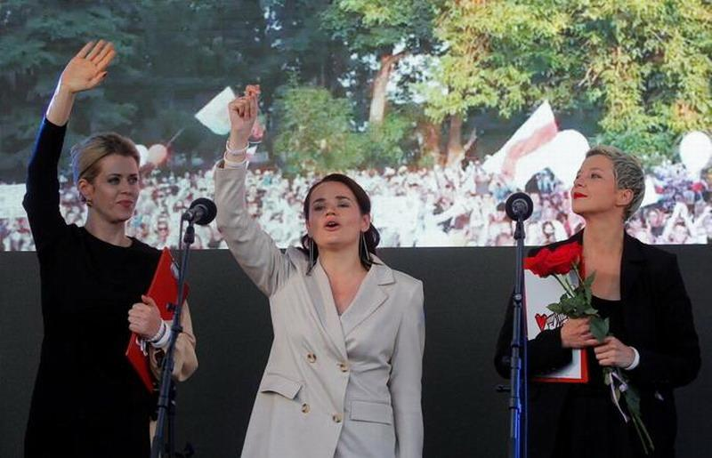 Премия имени Сахарова, выдаваемая паразитами за грабеж, вредительство и русофобию