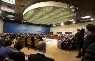 НАТО может направить на Украину военных инструкторов