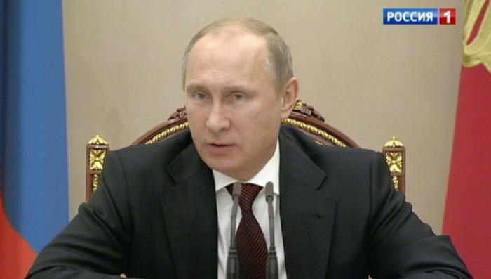 Владимир Путин потребовал разобраться с ростом цен на бензин