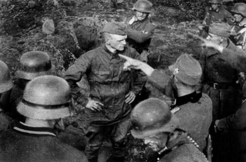 Почему Россия времён СССР победила гитлеровский «Евросоюз»