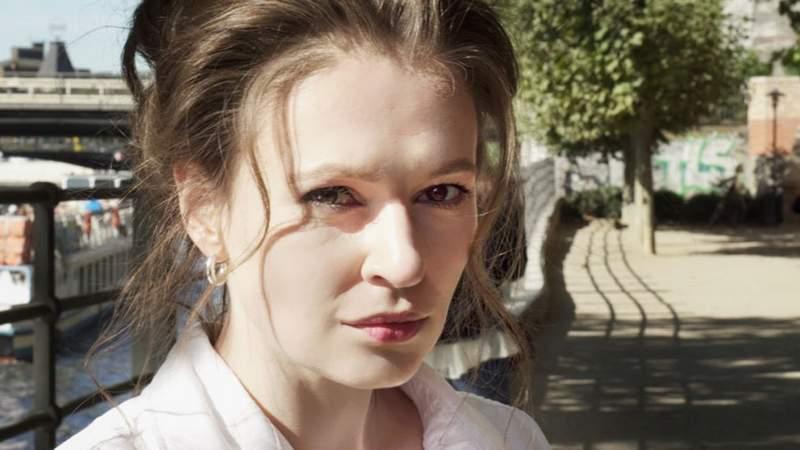 Загадочная Мария Певчих, замешанная в «отравлении Навального» тщательно подчищает следы в Сети
