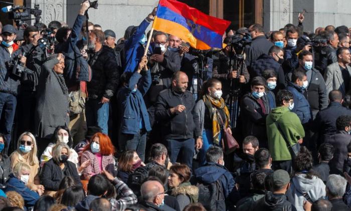 Итоги войны в Карабахе: что будет с Арменией дальше?