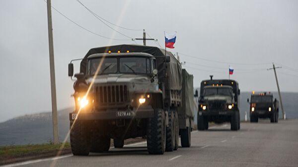 Колонна российских миротворцев в Нагорном Карабахе