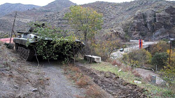 Боевая машина пехоты российских миротворцев в Нагорном Карабахе