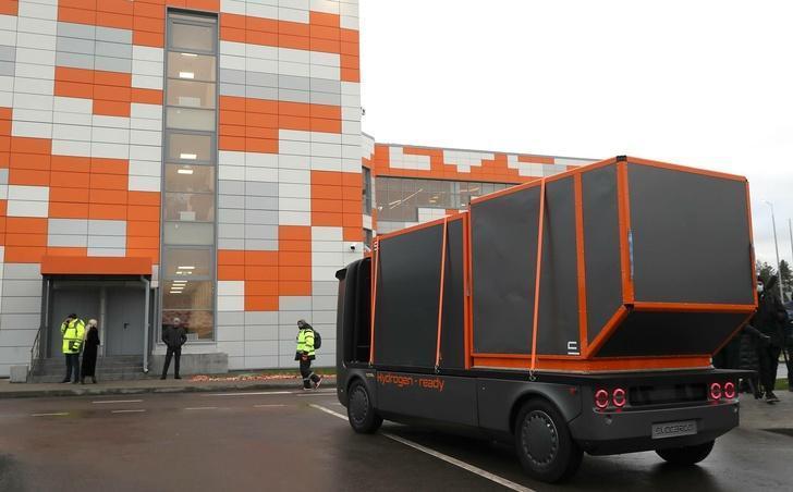 На ЦКАД-3 испытали первый российский беспилотный электрический грузовик на водородном топливе