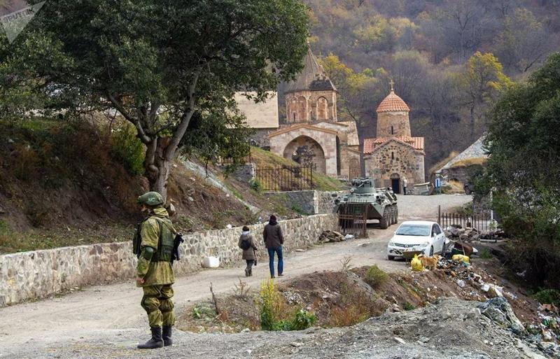 Переброска и развертывание российских миротворцев в Нагорном Карабахе и возвращение беженцев